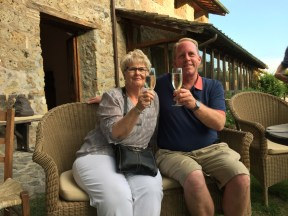 Sparkling wine before our farewell dinner. Cheers!, Salute!, Cin cin! to a wonderful vacation. Ciao Y'all!