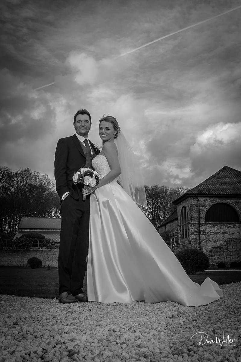 -Hazel-Gap-Barn-Wedding-Photography-|-Nottinghamshire-Wedding-Photographer-22.jpg