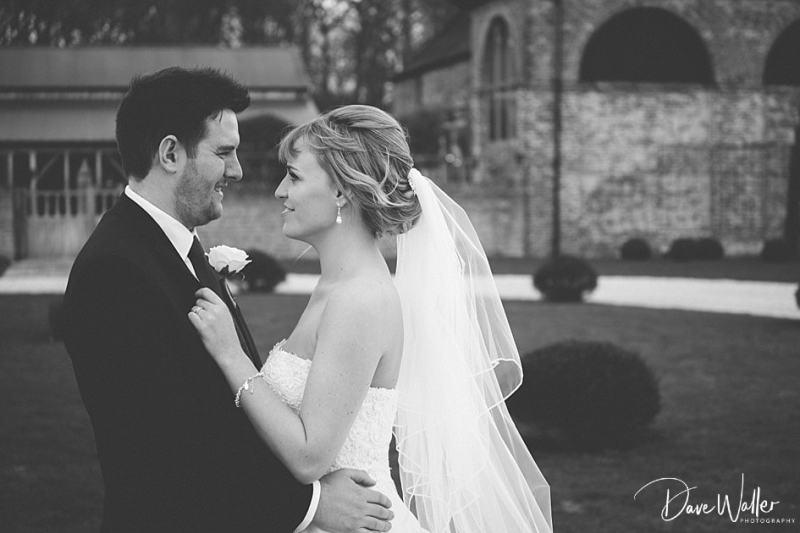 -Hazel-Gap-Barn-Wedding-Photography-|-Nottinghamshire-Wedding-Photographer-25.jpg