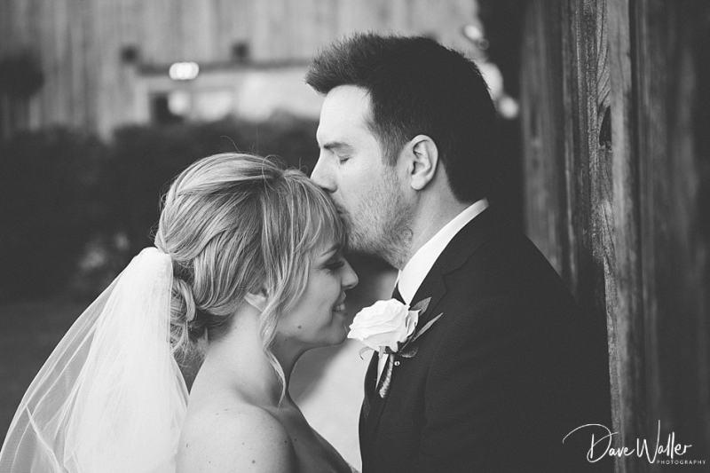 -Hazel-Gap-Barn-Wedding-Photography-|-Nottinghamshire-Wedding-Photographer-34.jpg
