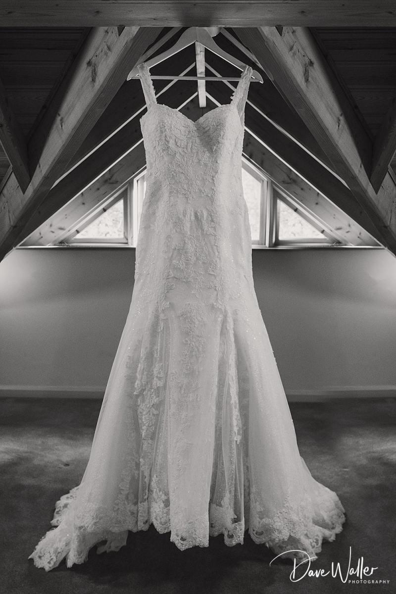 -The-Oak-Tree-Of-Peover-wedding-photographer-|--The-Oak-Tree-Of-Peover-wedding-photography-|-Manchester-wedding-photographer-4.jpg