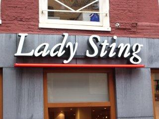 ladysting.jpg