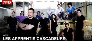 """Photo de groupe pour l'émission """"les apprentis cascadeurs"""", avec Alain Figlarz."""
