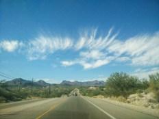 Lignes droites à perte de vue dans cette ville d'Arizona.