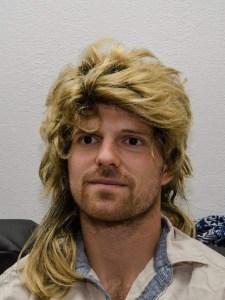 Enfin, des cheveux ! À choisir, j'aurais préféré une autre coupe...