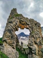 Une roche percée dans les écrins !