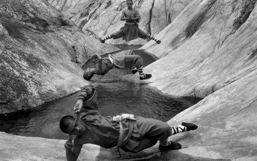 Tomasz Lewandowski passou uma temporada no Templo Shaolin, na Província de Henan, China