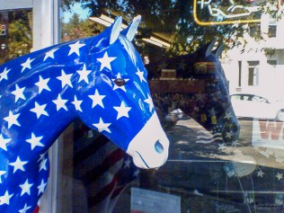 Blue Horse, Plumas Street, Yuba City, California