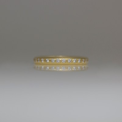 Pave set diamond ring 18ct yellow gold