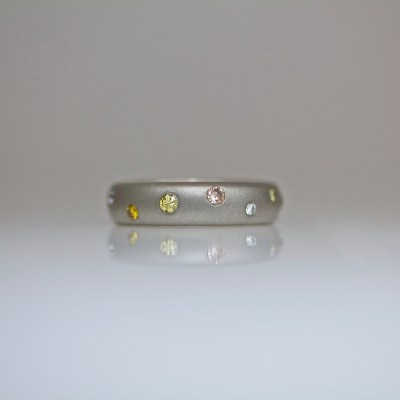contemporary fancy diamond ring