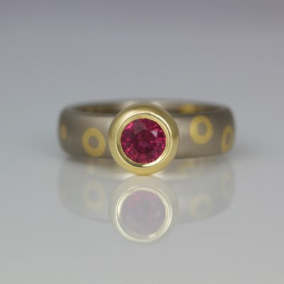 Modern yellow & white gold ruby ring rub-over set