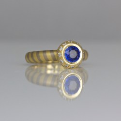 contemporary sapphire diamond ring