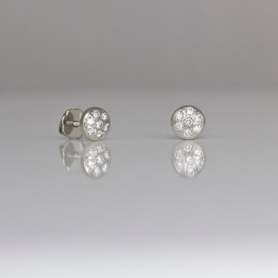Contemporary diamond ear-studs