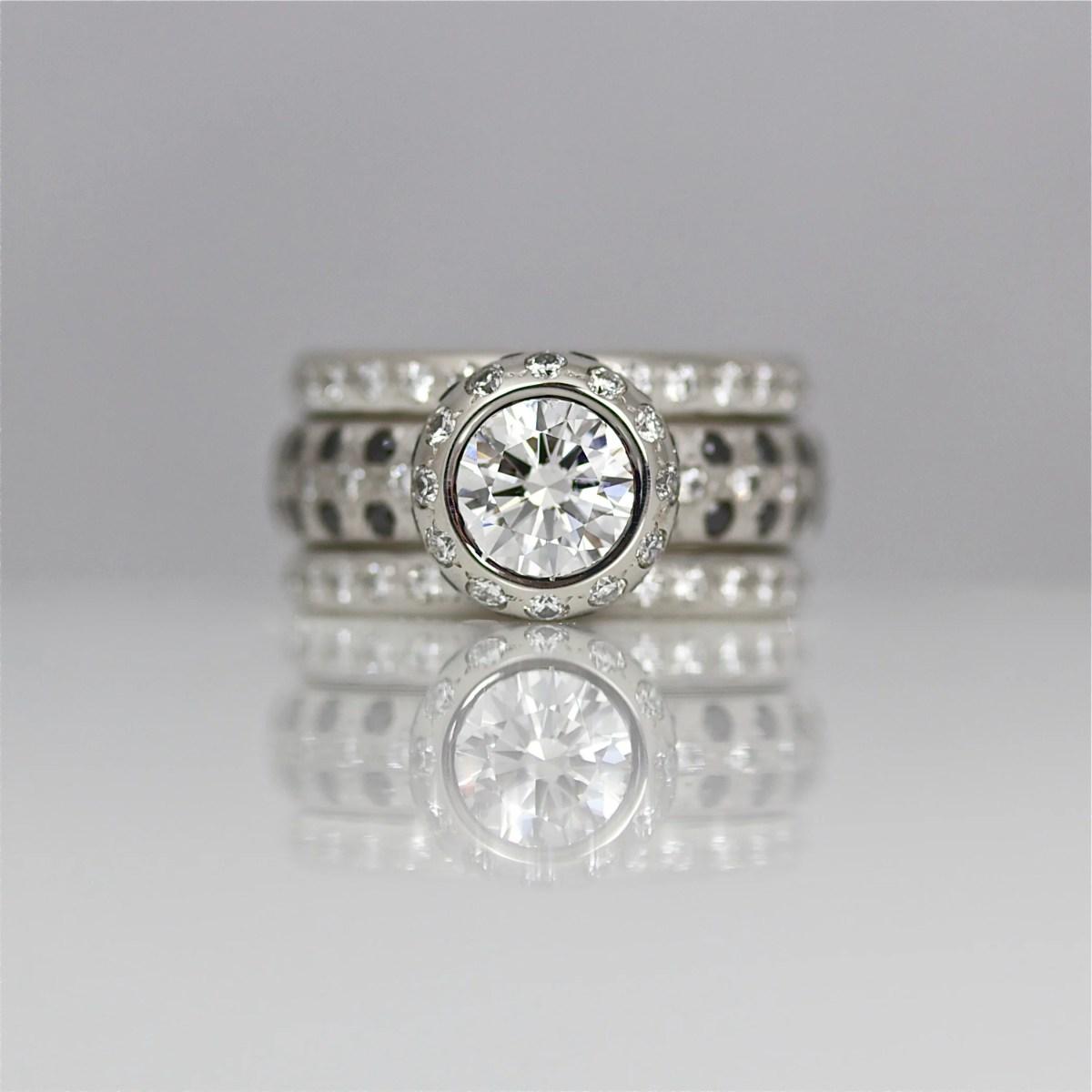 rub-over set diamond ring