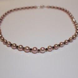 Pink pearl & black diamond