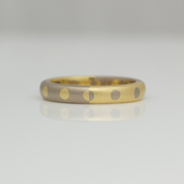 Contemporary dots & circles wedding ring