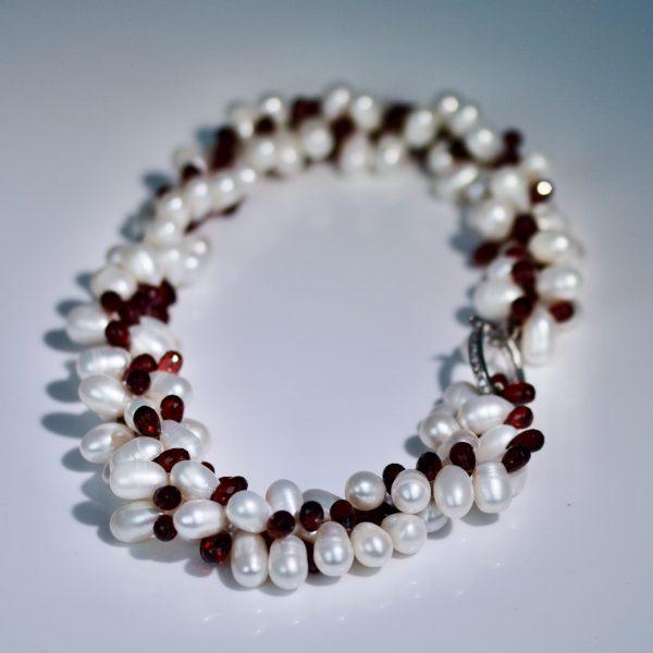 garnet & pearl necklace