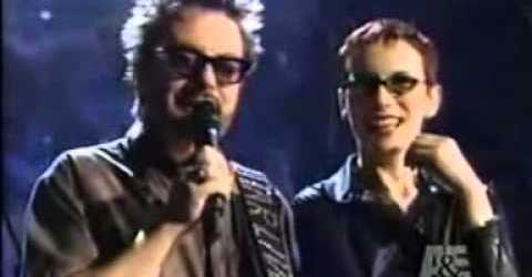 David Bowie calls the Eurythmics Live By Request show (2000)
