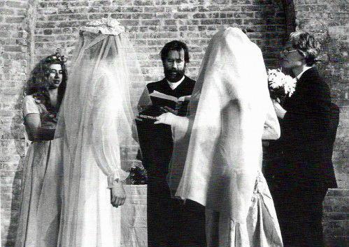 fluxus wedding