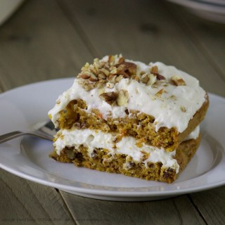 Easy Peasy Carrot Cake