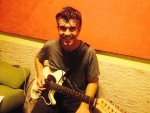 grabación guitarras rosa
