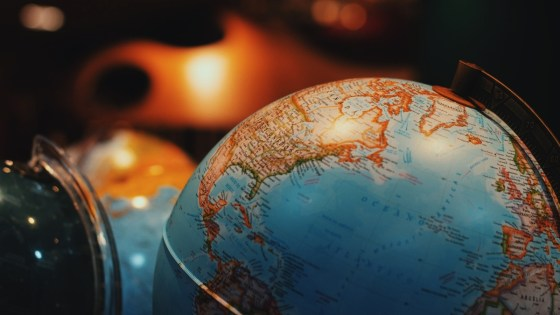Foreign Jobs Benefit the US Economy_David_DeWolf_1200x675 (1)