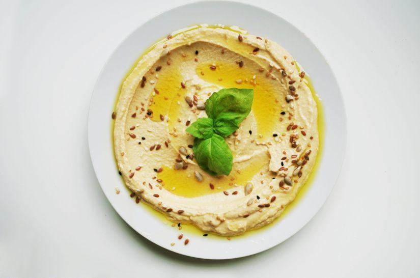 Paté de garbanzos cremosos rico, sano y fácil