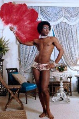 Benny Luke en soubrette discrète dans la cage au folles - 1978