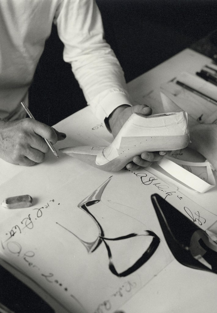 manolo blahnik sketching shoes