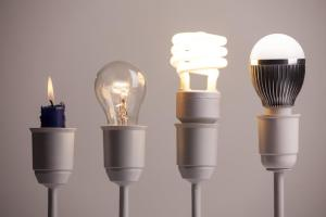 evolution-of-light-bulbs-compressed
