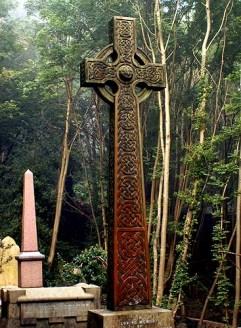 arnos-vale-cemetery-headstones-graveyard-celtic-cross
