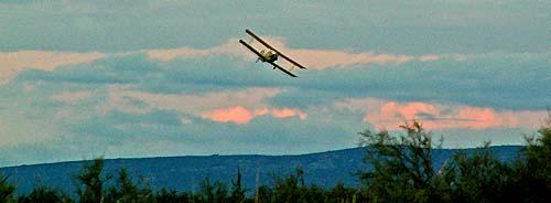 bi-plane-in-south-of-france
