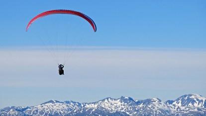 tromso-paraglider-copyright-david-j-rodger