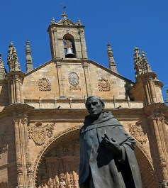 travel photo Salamanca - status of monk outside cathedral