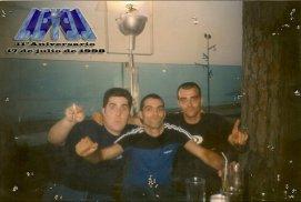 De izquierda a derecha: Katre, David Martín Surroca (yo) y Juanky.