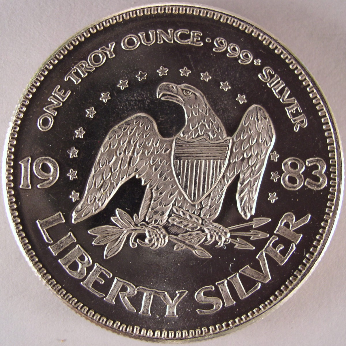 1 Oz 999 Fine Silver Amark Liberty Round 1983 The Mint