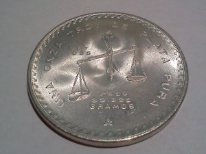1980 - 33.625 Gram .925 Onza from the Casa de Moneda de Mexico