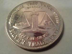 1 OZ .999 Fine Silver American Pacific Mint Silver Trade Unit Round - 1982