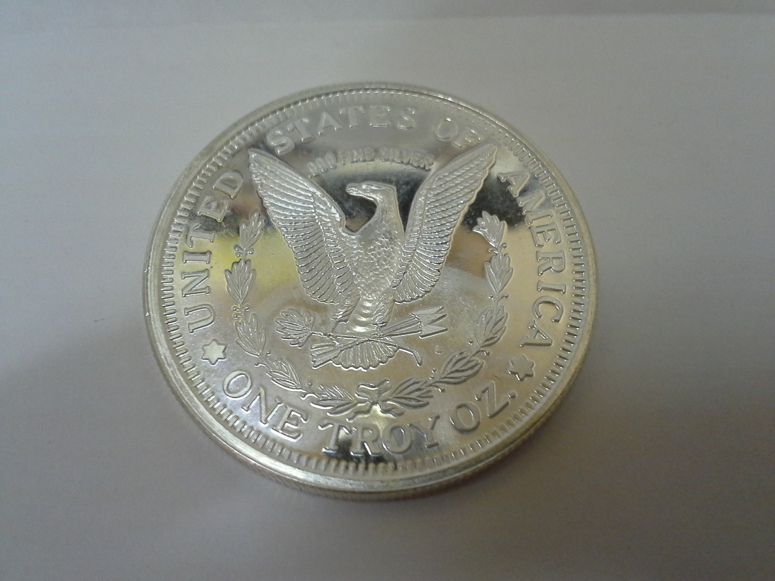 1 Troy Oz 999 Fine Silver Lady Liberty Eagle Round The Mint