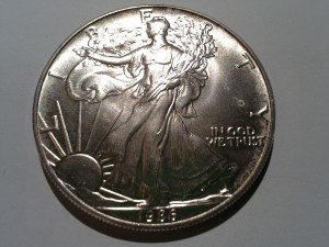 1986 Silver American Eagle 1 OZ .999 Fine Silver Dollar