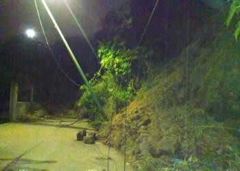Se desgaja piedra y tierra en la Mina 2 de Cuernavaca