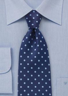 Corbata azul de puntos