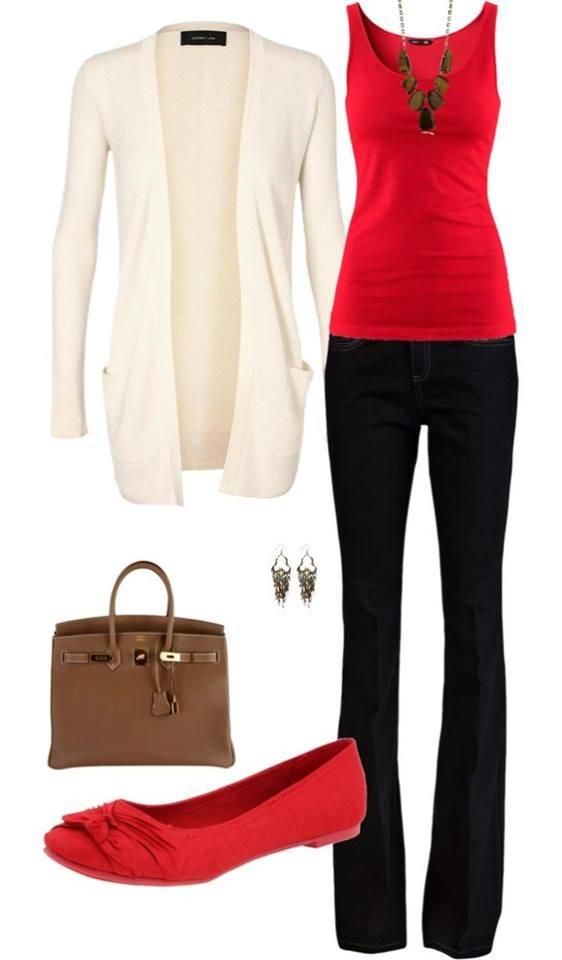 Flats rojos y pantalon negro