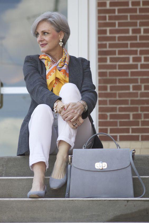 Mujer: guía para vestir con estilo según tu edad 4