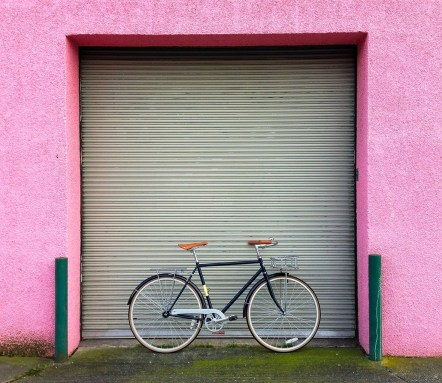 davidniddrie_bicycle_state_pinkwall