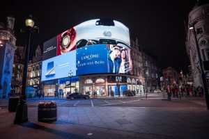 Marketing Tips To Get Your Business Noticed in store