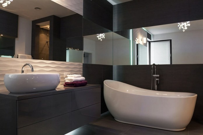 black-white-elegant-bathroom-color