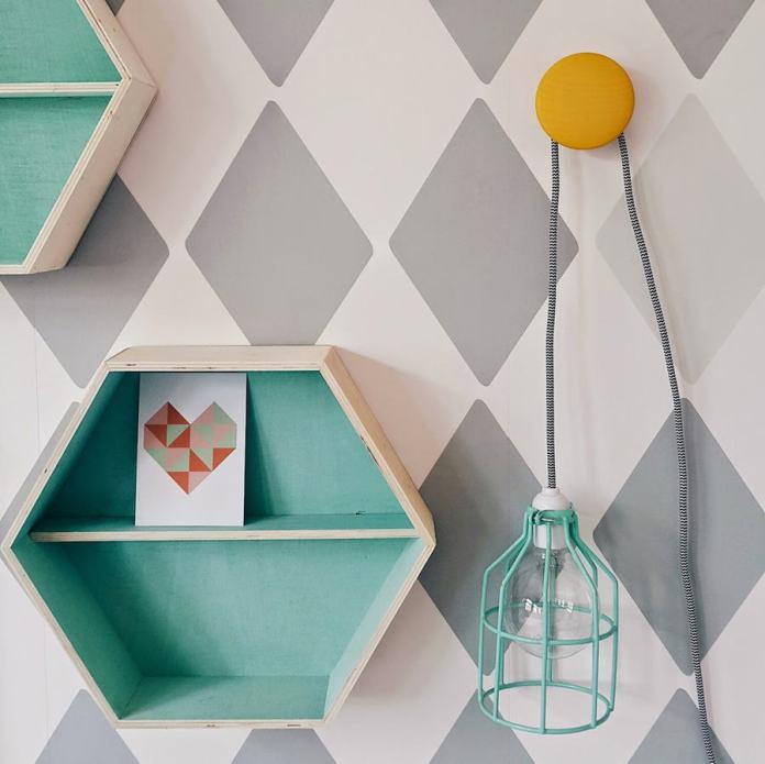 rhombus pattern wall paint