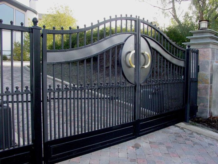 Luxurious Gate Design