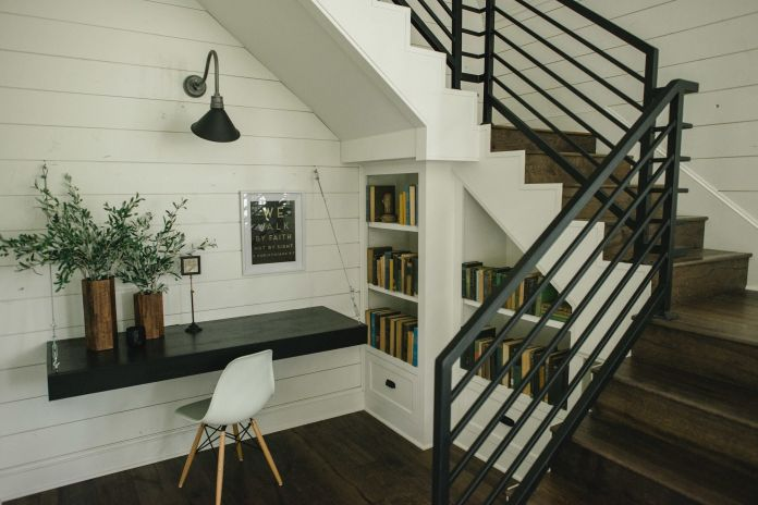 Simple Staircase Design